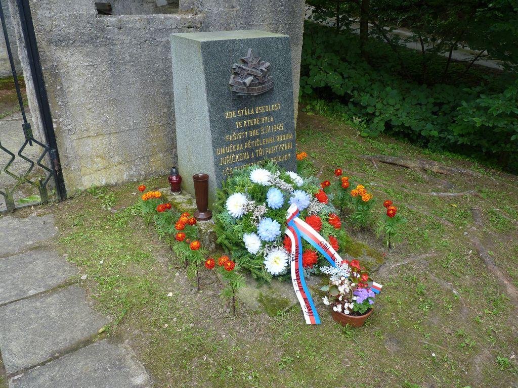memorial-2016-028